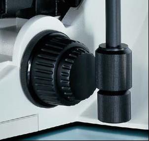 DM1000-3000同时进行聚焦和载物台控制.jpg